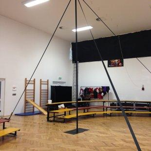 Čínská tyč - LeGrando, CirkusKus, Cirqueon