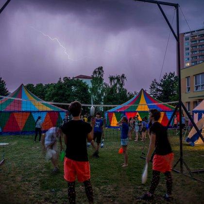 Festival Freš Manéž a cirkus LeGrando